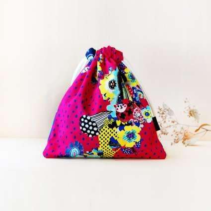 巾着袋square / エキセントリック三姉妹の商品写真